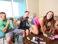 Amateurs fucking at SpicyRoulette game party